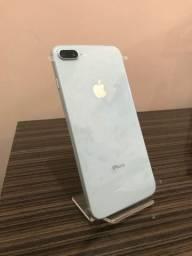 IPhone 8 Plus 64G (vitrine)