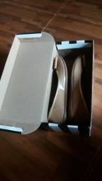Vendo sandália da Carmen Steffens