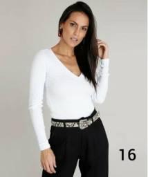 Blusa de malha branca básica