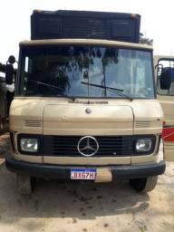 Mercedes bens  608 D  78