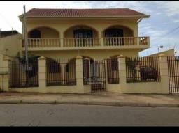 Sobrado com 3 dormitórios à venda, 180 m² por R$ 490.000,00 - Uvaranas - Ponta Grossa/PR