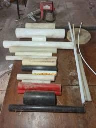 Lote de peças de nylon diversas