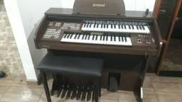 Órgão Tokai D2 seminovo