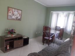 Vendo Casa com três quartos a 1 Km do Centro de São Lourenço - MG