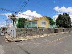 Casa Residencial à venda, 5 quartos, 4 suítes, 2 vagas, Fatima - Teresina/PI