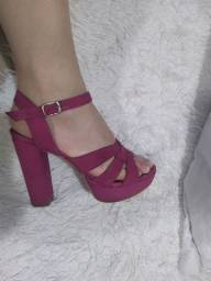 Sandália pink salto alto