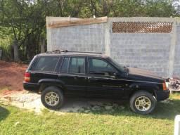 Gran cherokee V8 5.2 gasolina/GNV