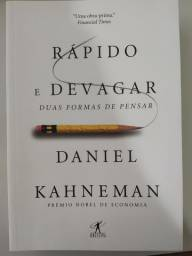 Livro Rápido e devagar Daniel Kahneman