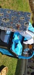Berço Balanço Baby Style com trocador, móbile e mosquiteiro.