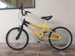 Bicicleta Monark, modelo BMX