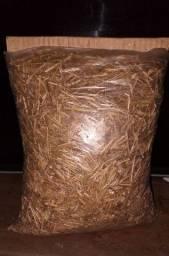 Vendo feno, pacote de 500 g