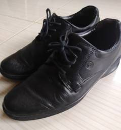 Sapato social com amortecedor