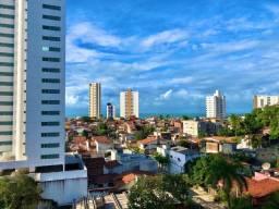 Apartamento em Petrópolis com 178m² - aberto a negociação