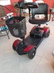 Título do anúncio: Cadeira eletrica semi nova para pessoa com  pouca mobilidade de locomoção.l