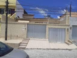 Casa em Rio Doce_Olinda_3Quartos com 1Suíte, Sala com Jardim Suspenso, 3Vagas, Poço Art.