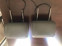 2 encostos de carro com tv