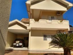Título do anúncio: Sobrado, com 5 dormitórios à venda 260m2 em Presidente Epitácio SP.