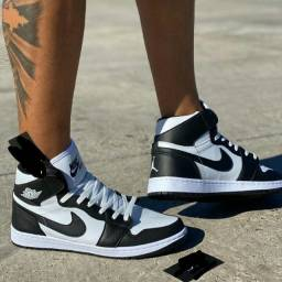 Nike Air Jordan preto