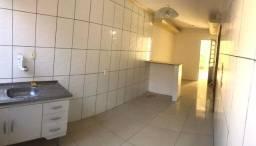 Título do anúncio: Aluga-se apartamento no bairro de Itapuã