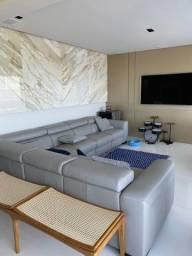 Apartamento (um por andar) no Mansão Luiz Cunha
