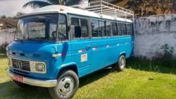 Micro ônibus 608D