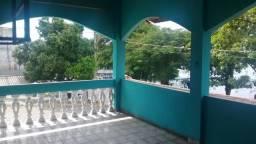 Aluga - se uma casa no porto da Cidade de Ladário MS , perto da Marinha