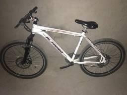 Bicicleta alfameq aro:29 de cor branca 21v