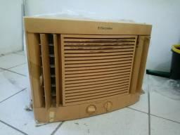 Ar condicionado Eletrolux Maximus 7500 btus 110v