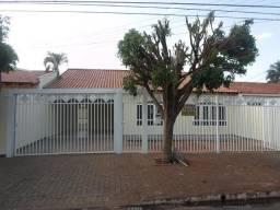 Casa 04 Qts - Vilas Boas