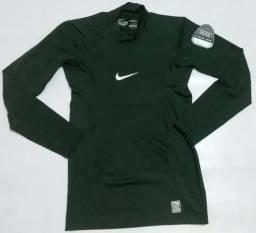 ce161b3638 Camisa Nike Manga Longa Pro Combat Termica Compression verde musgo e verde  escuro original