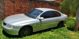 Carro Ômega - 2001