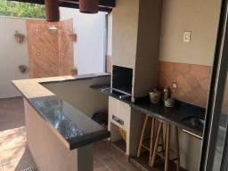 Casa 3 Dormitórios 1 suíte Condomínio San Conrado