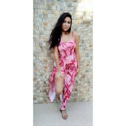 Vestidos curtos, longos, macacões e vestido/short