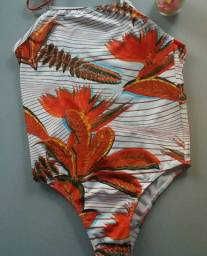 Maiô estampa de folhas