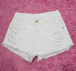 Short saia jeans marca Macross jeans (tamanho 40)