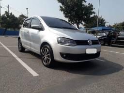 Volkswagen Fox Trend 1.6 GII Completo. Pequena Entrada / Planos em até 48 Vezes Fixas