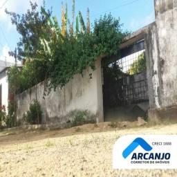 Ótima Casa na Santa Lúcia - 200m², 3/4, Com Jardim de Inverno, Nascente, Quintal Amplo