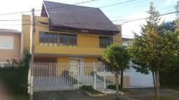 (Alugo quartos) Curitiba, bairro Cristo Rei. local tranquilo, bonito e seguro