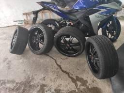 Jogo de Rodas Aro 18 com pneus