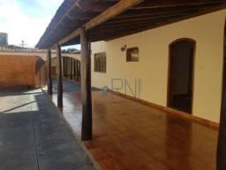 Casa com 06 Quartos no São Benedito em Barra do Garças-MT