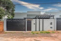 Linda casa nova no bairro Rita Vieira 1 - Alto padrão de acabamento e em excelente localiz