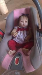 Bebê reborn com 2 meses de uso