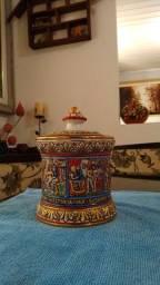 Rara Caixa Antiga Em Cerâmica Alemã - História De Susanna