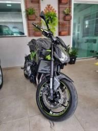 Moto Z900