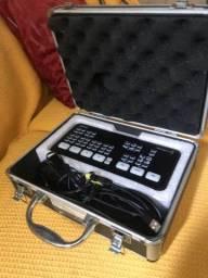 ATEM mini - Blackmagic (usado 2 vezes)