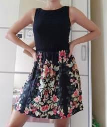 Vestido preto florido verão