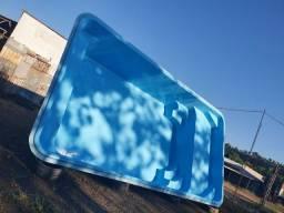 Piscina de fibra de vidro 8x3.80 x1.40 de profundidade Com qt básico *