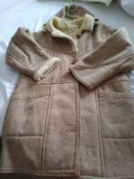 Lindo casaco de couro