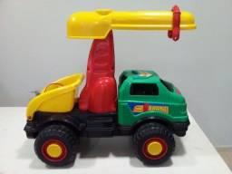 Super caminhão guincho de brinquedo