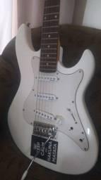 Guitarra Stringerberg barato 200 reais